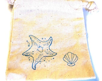 6 Muslin Bags, Blue Starfish and Shell, Beach Themed Gift Bags, Packaging, 4x4 Inches, Hand Stamped, Party Favor Bags
