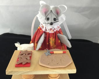 Mouse making Gingerbread Cookies