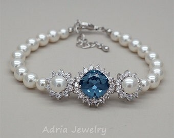 Bridal Bracelet, Navy Blue Bracelet, Sapphire Blue Bracelet, Crystals Wedding Bracelet, Swarovski Pearls Bracelet, Swarovski Bridal Jewelry