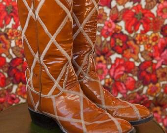 Vintage Cowboy Boots  - Amazing Embroidered Tony Lama Size 7ish