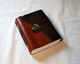 SUMMER SALE:  Woodsy Leather Latch Journal with Recycled Paper - Medium