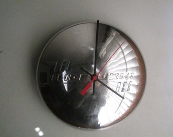 1939 Vintage Chevy Hubcap Clock no 2485