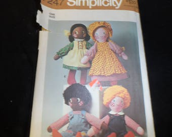 Simplicity 7247 Rag Cloth Dolls and Doll Clothes
