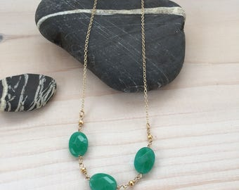 Green Agate Trio Necklace in Gold