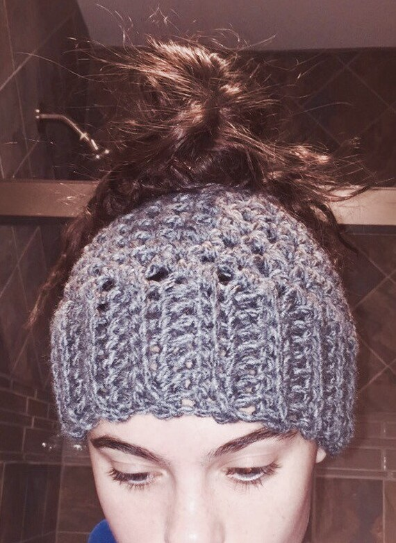 Messy Chunky Beach Waves Easy Tutorial: Items Similar To Charcoal Grey Chunky Messy Bun Hat On Etsy