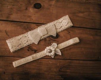 Wedding Garter Set / Bridal Garter Set / Lace Garter / Pearl Bow Garter Set, Keepsake Garter set 325