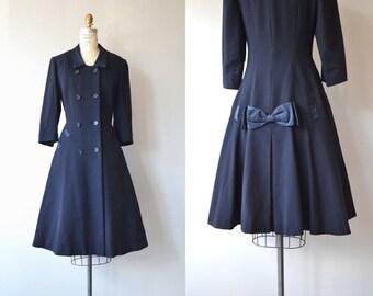 Bonne Nouvelle coat | vintage 1940s coat | navy wool 40s coat
