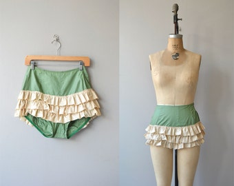 Boom Boom bloomers | vintage 1940s rumba pants | 40s pettipants