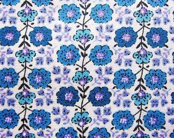 Floral Print Fabric - Wallpaper Floral - Cotton Fabric - Half Yard