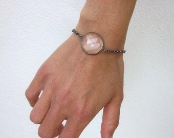 Rock quartz stacking bracelet, round clear quartz bracelet, modern stone bracelet, oxidized sterling silver thick chain minimal bracelet