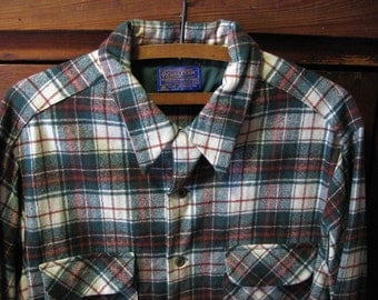Men's Pendleton Shirt 100 % Soft Wool Green Brown White Plaid Collar Front Pockets Long Sleeve Button Front & Cuffs Men's XL Ready to Wear