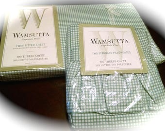 Twin  Fitted Sheet / 2 Pillowcases / NOS Wamsutta / 200 count Cotton Polyester / NIP Twin Bedding / Green and White Gingham