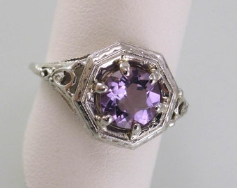 Eight-Sided Fancy Filigree Ring, 18K White Gold with Amethyst, Circa Mid-1930's (A1827)