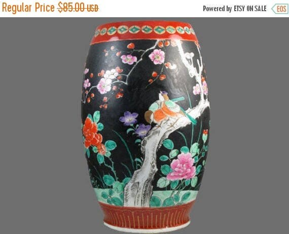 SPRING CLEANING SALE Extra large vintage hand painted Birds and floral Japanese Satsuma urn vase ceramic / pottery / Asian / Oriental / Japa