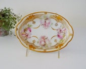 Antique Erdmann Schlegelmilch Suhl Prussia Porcelain Oval Dish, Early 1900s - Pink Roses, Gold Gilting, Small Trinket Soap Dish