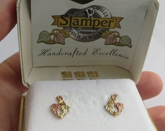 Lovely Vintage Black Hills Gold Earrings by Stamper, 10K gold with 14K gold posts and backs, free US first class shipping