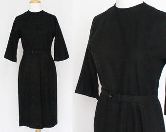 60's Belted Wool Wiggle Dress / Black / Short Sleeves / Small