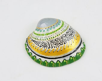 Painted shell, Coastal home decor