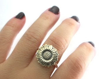 Sweet Fall Sunflower Ring, Sunflower Ring, Flower Ring, Sterling Silver Band, Hammered Ring, Fall Ring, Yellow Sunflower, Band, Boho Ring