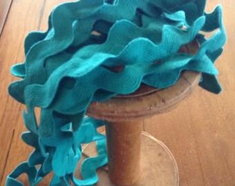 Vintage Turquoise Trim, Large Wavy Rick Rack, 2 - 6 yards