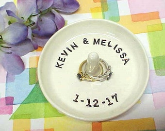 Your Personal Name Date Ring Dish / Customized Pottery Ring Holder / Jewelry Tray / Made to Order / Engagement Ring Holder / Wedding Gift