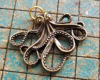 Octopus pendant, charms, 5pcs, with split ring on top, nautical, pirate, steampunk, connector, jewelry supply, kraken, sea monster