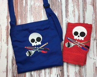 Grilling Apron for Men / Skull / Apron and Towel Set / Adult Cooking Apron / Skull and Crossbones / Christmas Gift / Ready to Ship