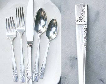 1 Vintage Silver Plate Place Setting / 1930's Caprice Pattern / Wedding Silverware / Nobility Plate Flatware