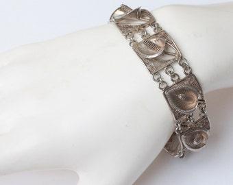 Silver Calla Lily Link Bracelet Floral Design Vintage