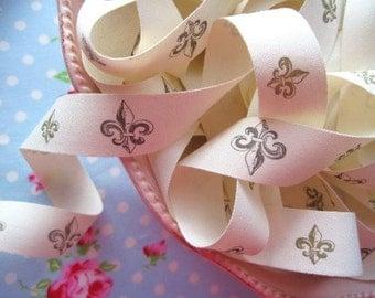 French Style Fleur De Lis Ribbon - 3/4 inch - 2 Yards