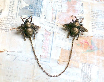 Bee Sweater Clips Cardigan Clips Collar Pins Antiqued Bumblebee Sweater Guard Honeybee Brooch Beyhive