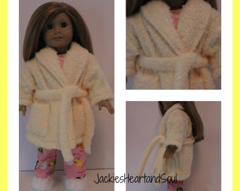 Housecoat Fuzzy Yellow Fits 18 Inch Doll