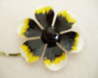 Vintage Black and Yellow Metal Flower Brooch