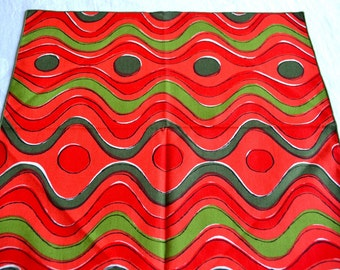 Vintage Vera Napkins - Red and Green Geometric Wave Print - NOS Set of 4