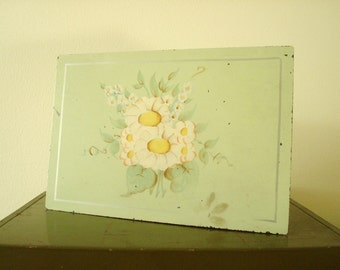 Tole painted metal box, hinged keepsake box, vintage 1940-50s, hand painted daisies on mint green, jewelry, trinkets, keepsakes, mementos