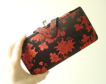 Mid-century wallet clutch bag, black & red Oriental brocade, unused vintage purse accessory with box, stocking stuffer, made in Kyoto Japan