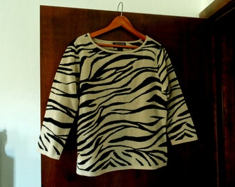 Vintage Tiger Striped 3/4 Sleeve Sweater - by Country Shop
