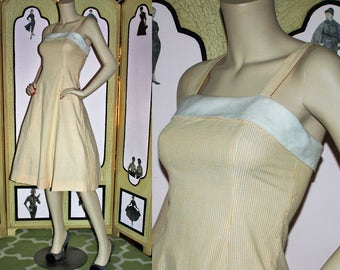 Vintage 1950's Yellow and White Seersucker Sun Dress. XS S