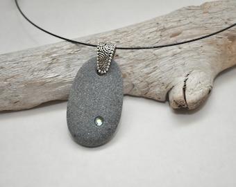Beach Stone Pebble Necklace - Ocean Waves