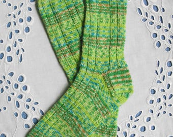 Green Hand Knit Wool Socks - Womens Medium Size, Green Yellow