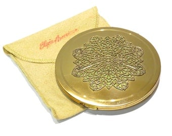 Elgin American Large Round Compact Filigree Snowflake Vintage 1930s 1940s Oversize Compact with Carry Envelope Puff - FREE Domestic Shipping