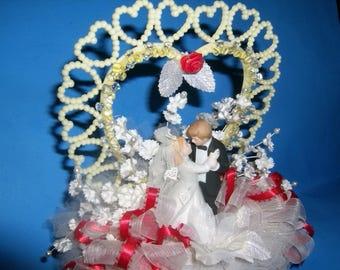 Wedding Bride Groom Cake Topper / Valentine Wedding