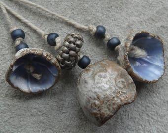 Miss Haversham antique lace trace cream gold lavender shabby chic pod flower bead set English porcelain katy wroe decadimento Z119