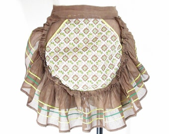 Vintage Hostess Apron Brown Ruffle with Front Pocket