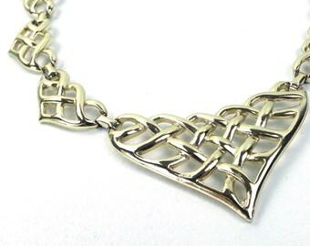 vintage 80s 90s bib necklace heart metalwork heavy gold metal choker women accessories jewelry cut out oversize kitsch woven link shape big