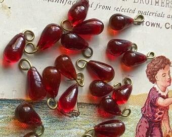 Vintage ruby Charms,Bulk Lot,Vintage Siam Drops,Vintage Glass Drops,Drop Dangles, Ruby Red Teardrop Art Deco Nouveau NOS #758