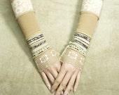 Shabby Chic Fingerless Steampunk Lace Gloves Beige Armwarmers Romantic Retro Boho Mittens Gothic, Neo Victorian Dance Armstulpen