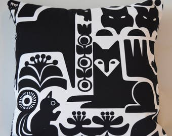 "Marimekko Decorative Pillow Cover, Double-sided, Cotton Upholstery weight. Kanteleen Pattern/ Solid Black, 16""x16"" (40x40cm)"