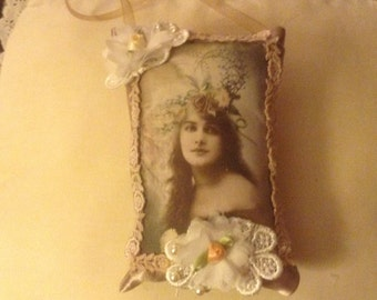 7 inch lavender scented sachet in deep tan with image of Victorian lady.