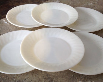 Vintage Fire King Ivory Glass Swirl Dinner Plate Set of 6